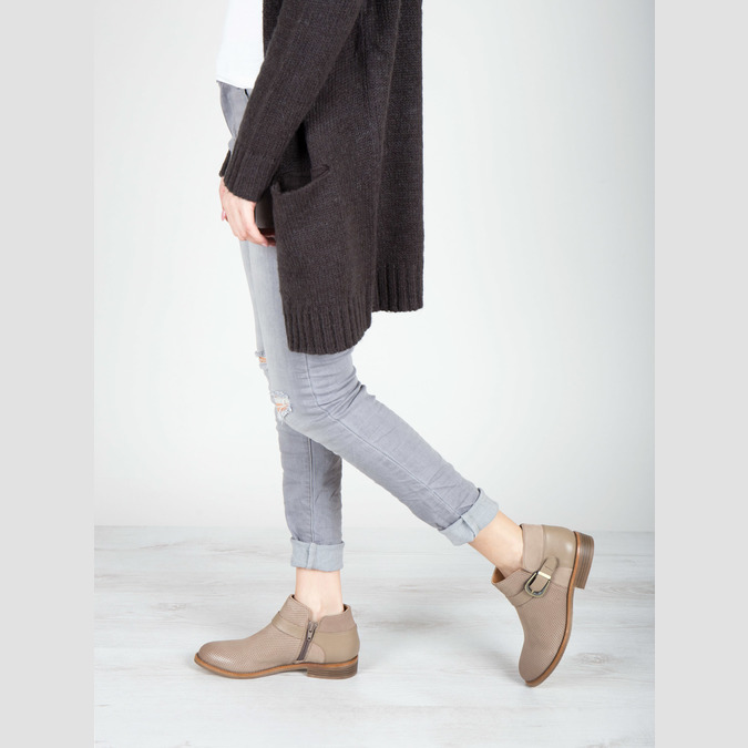 Leather ankle boots with buckle bata, brown , 596-3634 - 18